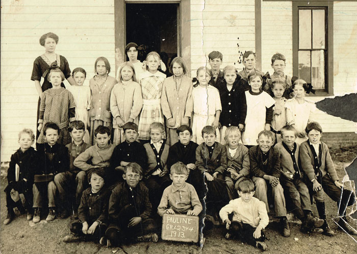 Pauline School's primary room, grades 1-4, is shown in this 1913 photo. Photo is courtesy of Gary and Betty Reiber.